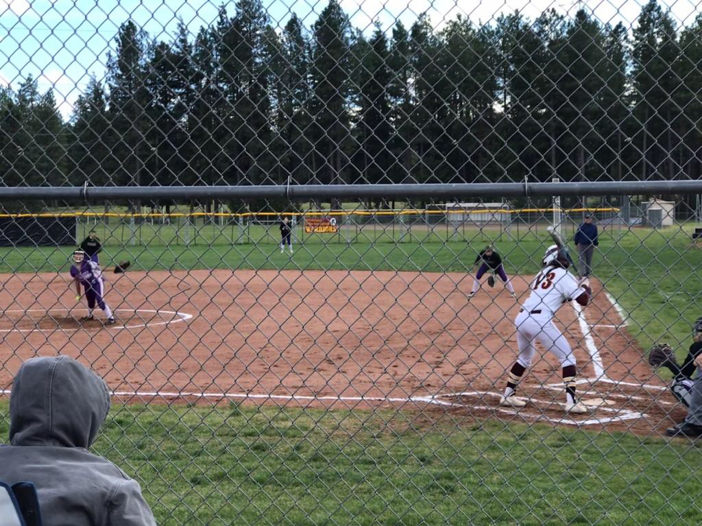 Softball vs Cle Elum